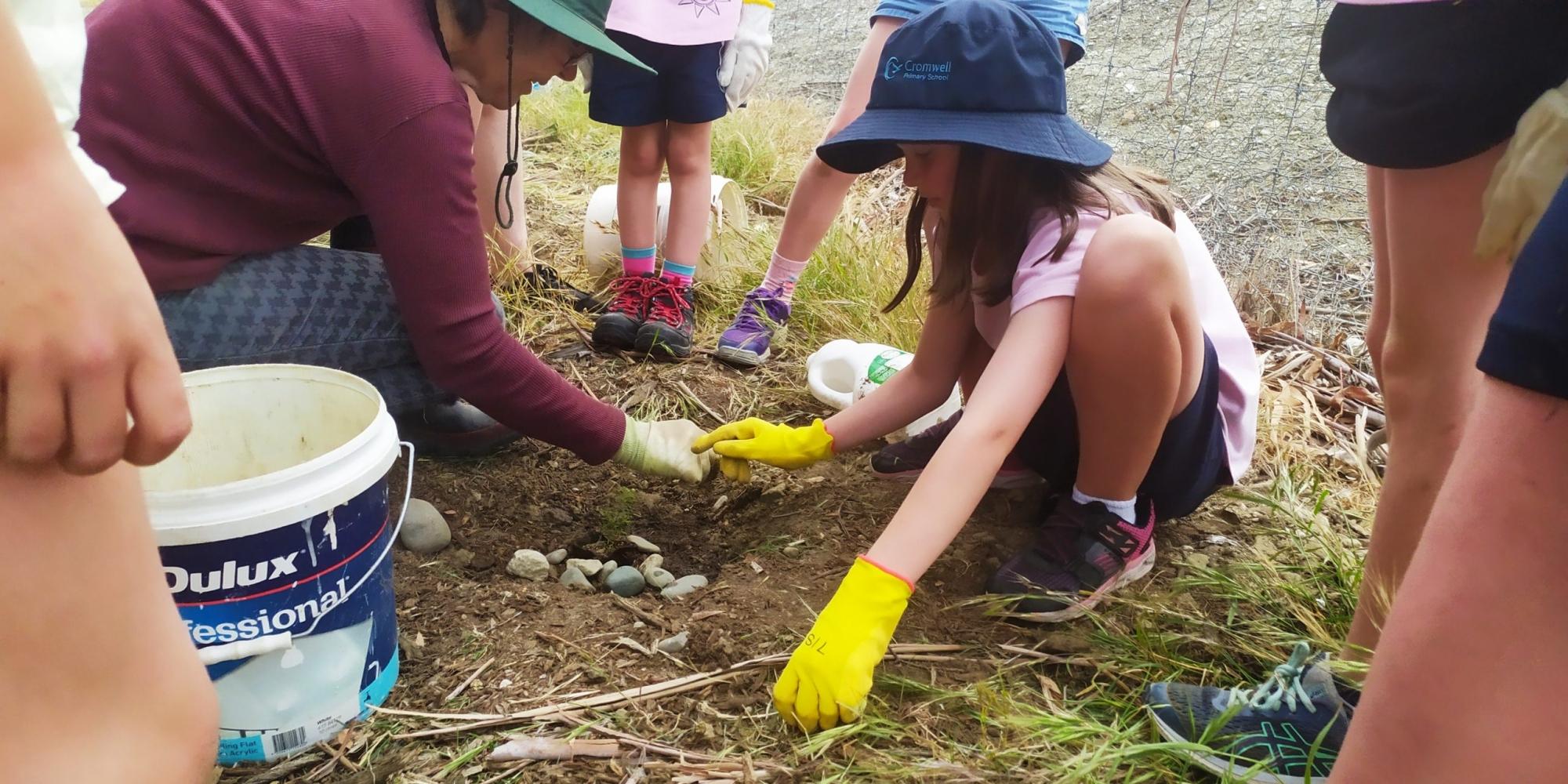 Brownies_Educational_Planting_Visit